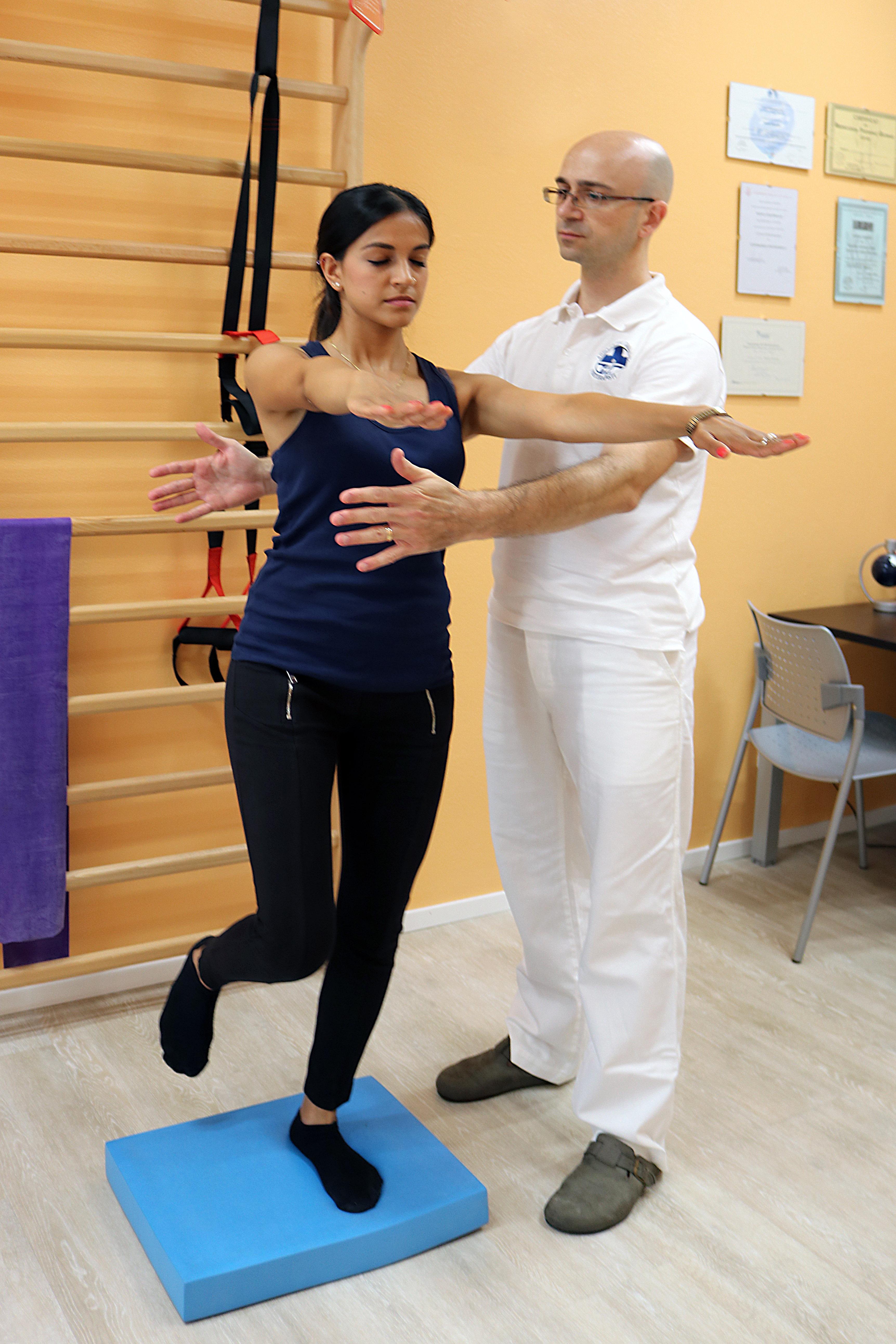 esercizi riabilitazione dell'equilibrio 02